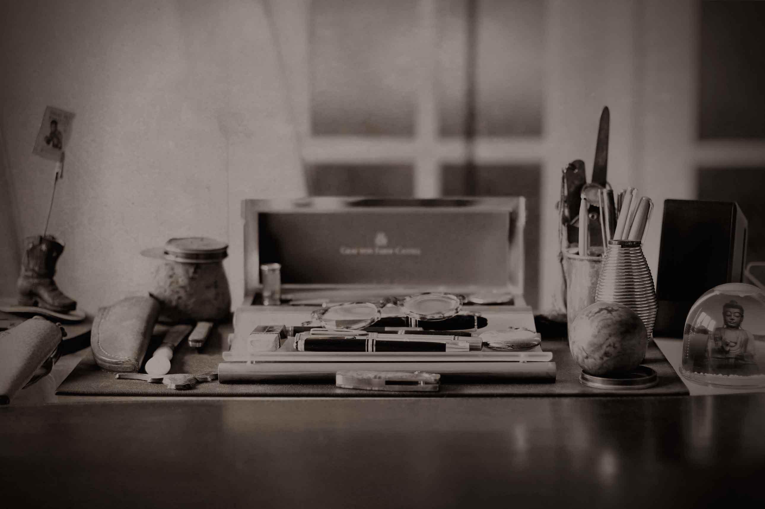 desk_7425_1700x1133-2